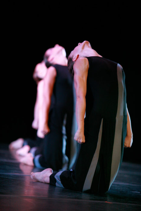 ©2007 - Hellenic Dance Company - War - Photo: Haris Akriviadis
