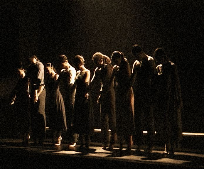 ©2001 - Hellenic Dance Company - Dance Stories
