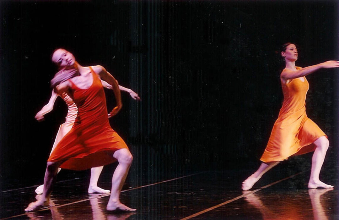 "©2004 - Hellenic Dance Company - Poetic Interpretations - ""A Choreographic Offering"" - Photo: Haris Akriviadis"